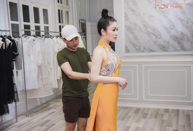 Hoa hậu Tuyết Nga tham dự LHP Cannes bằng 50kg trang phục  - Ảnh 3.