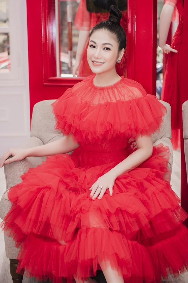Hoa hậu Tuyết Nga tham dự LHP Cannes bằng 50kg trang phục  - Ảnh 5.