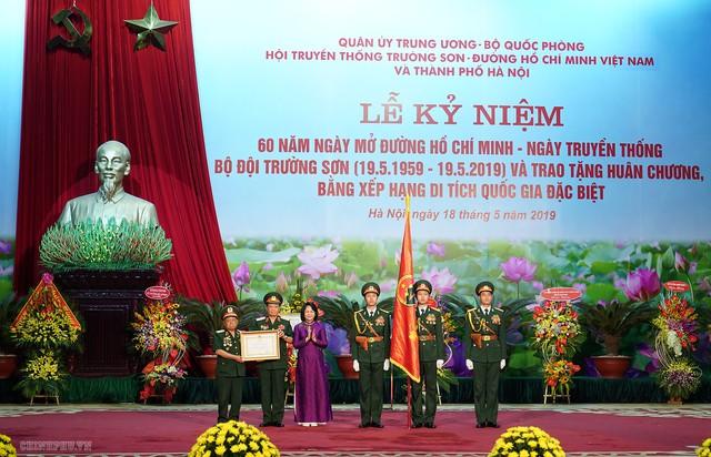 Thủ tướng trao phần thưởng cao quý cho Binh đoàn 12 - Ảnh 3.