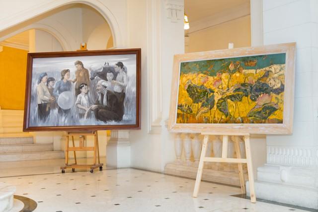 Dâng Bác những bức tranh quý tại triển lãm Bác để tình thương cho chúng con - Ảnh 1.