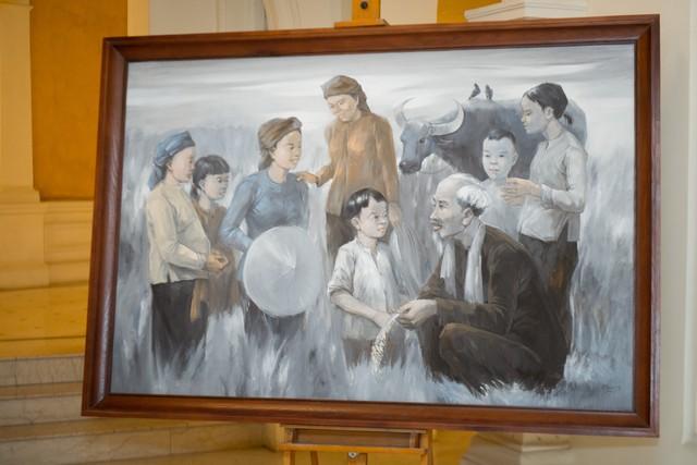 Dâng Bác những bức tranh quý tại triển lãm Bác để tình thương cho chúng con - Ảnh 5.