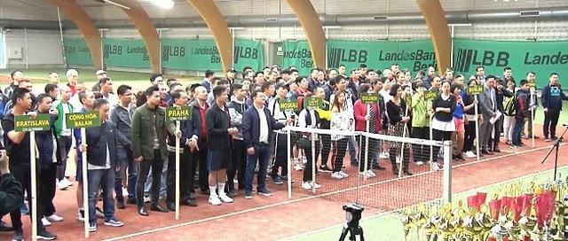 Giải quần vợt mở rộng tại CHLB Đức - Ảnh 1.