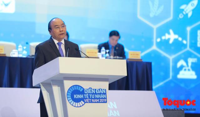 Thủ tướng Nguyễn Xuân Phúc khai mạc Diễn đàn Kinh tế tư nhân 2019 - Ảnh 2.