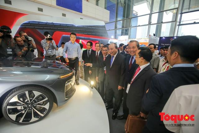 Thủ tướng Nguyễn Xuân Phúc khai mạc Diễn đàn Kinh tế tư nhân 2019 - Ảnh 9.