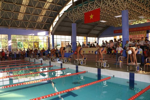 Thừa Thiên Huế phát động học sinh tập luyện môn bơi phòng, chống đuối nước - Ảnh 1.