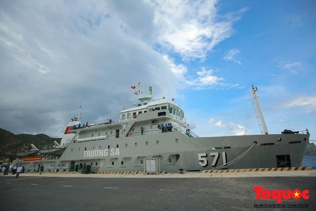 Ký sự không xa đâu Trường Sa - kỳ 1: Cùng tàu HQ - 571 vượt sóng đến Trường Sa - Ảnh 5.