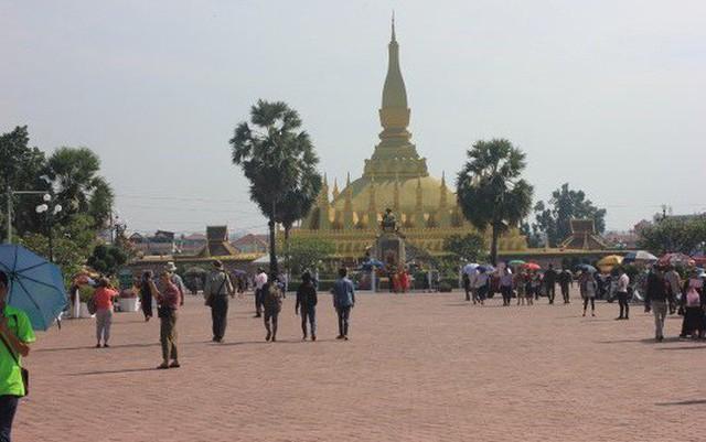 Cộng đồng Việt kiều tại Lào tham dự Đại lễ Phật Đản - Ảnh 1.