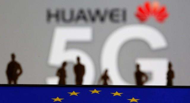Phản ứng mạnh loạt đòn giáng Mỹ: Chủ tịch Huawei tiết lộ thực lực? - Ảnh 1.