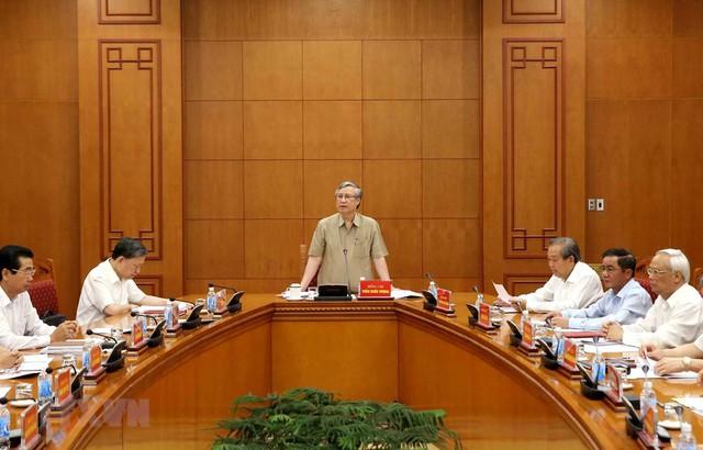 BCĐ Trung ương đốc tiến độ điều tra, truy tố hàng chục vụ án tham nhũng - Ảnh 1.