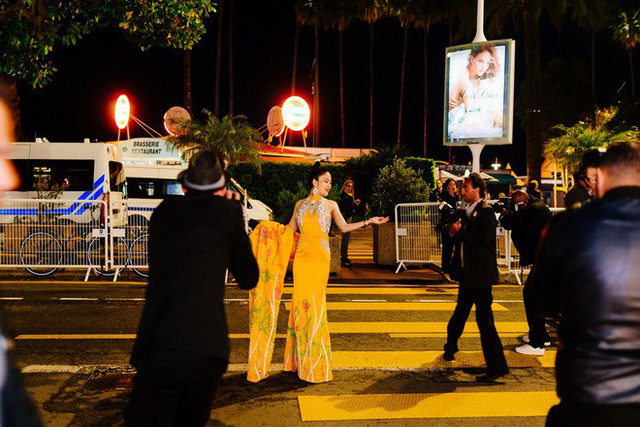 Hoa hậu Tuyết Nga tại Cannes: Tự hào khi khoác lên mình bộ trang phục mà nhìn vào có thể biết tôi là người Việt Nam - Ảnh 6.