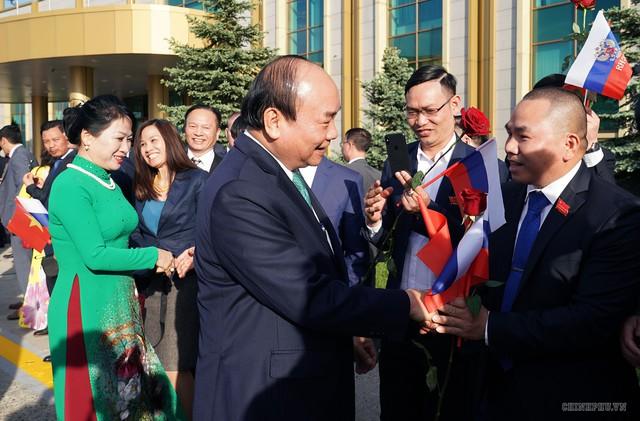 Hình ảnh Lễ đón chính thức Thủ tướng Nguyễn Xuân Phúc tại Thủ đô Moscow (Nga) - Ảnh 7.