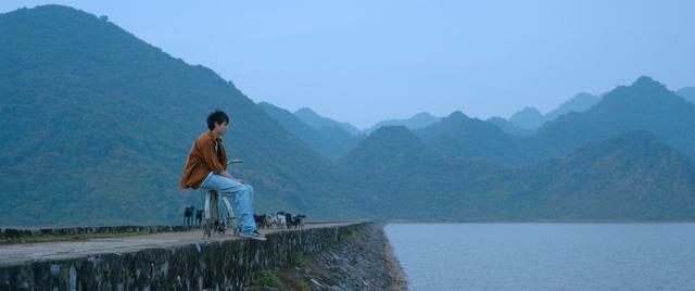 Tháng 5 để dành: Điều gì khiến không ít người tại Pháp, Nhật mua vé máy bay về Việt Nam để thưởng thức bộ phim? - Ảnh 4.