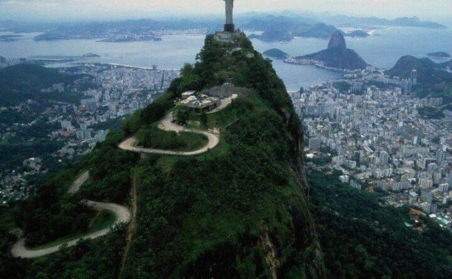 Brazil đón lượng khách du lịch cao kỷ lục nhờ  Chương trình Visa điện tử - Ảnh 1.