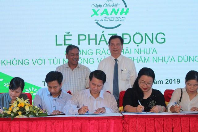 """Ngành du lịch Thừa Thiên Huế phát động phong trào """"Chống rác thải nhựa"""" - Ảnh 4."""