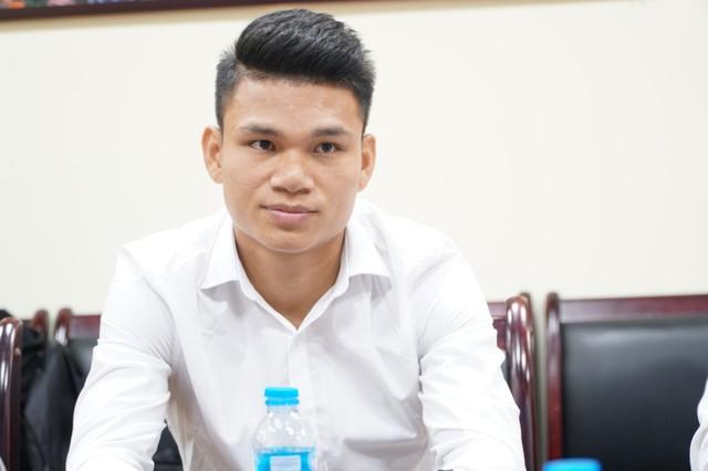 Cầu thủ Phạm Xuân Mạnh được bồi thường 300 triệu đồng - Ảnh 2.