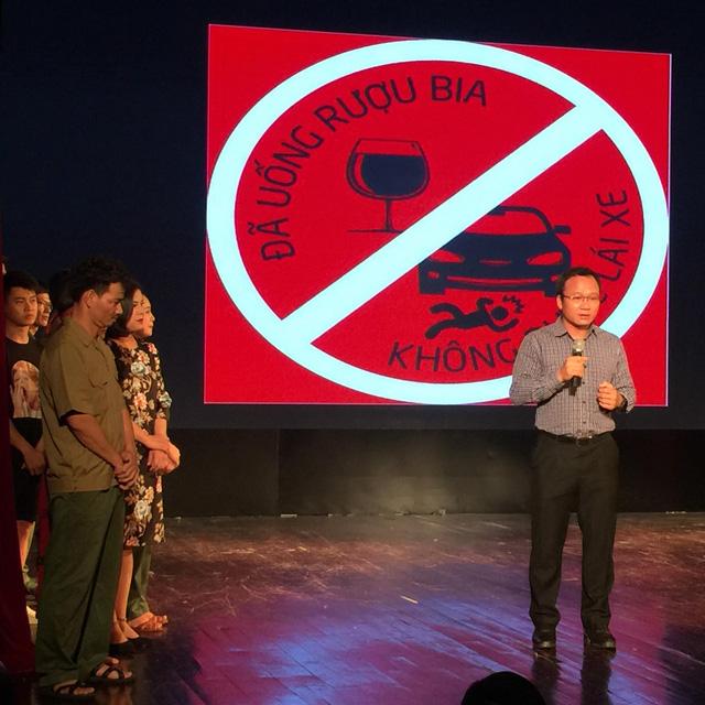 Xúc động đêm diễn gây quỹ từ thiện cho nữ diễn viên Nhà hát kịch Việt Nam tử nạn tại hầm Kim Liên - Ảnh 6.