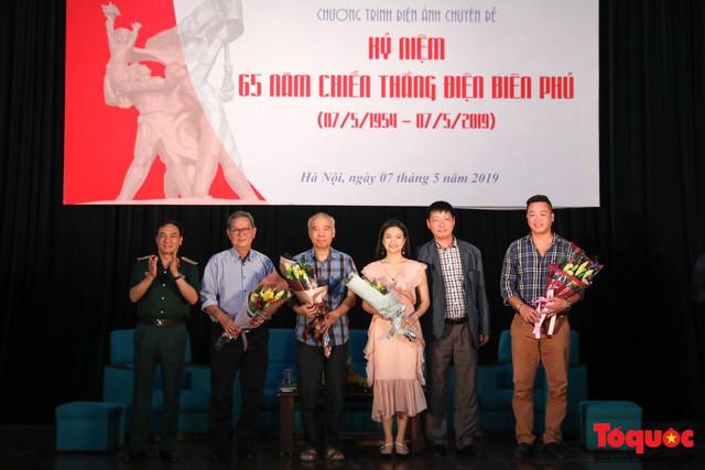 Sống lại ký ức Điện Biên Phủ qua những thước phim quý ghi lại lịch sử hào hùng của dân tộc - Ảnh 9.
