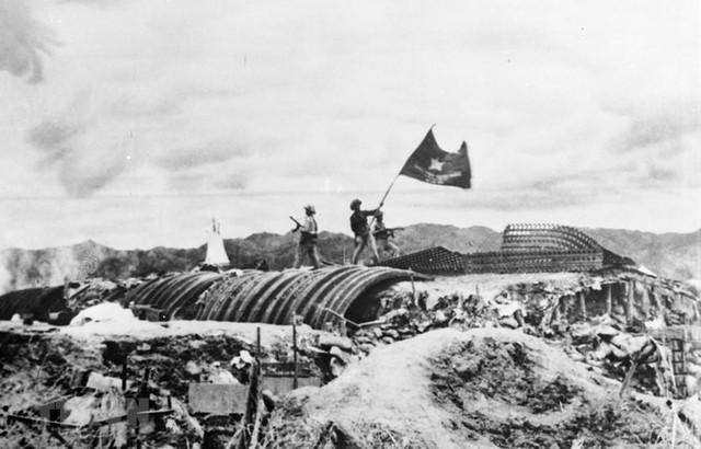 Bài viết của Thủ tướng Nguyễn Xuân Phúc nhân kỷ niệm 65 năm Chiến thắng Điện Biên Phủ - Ảnh 1.