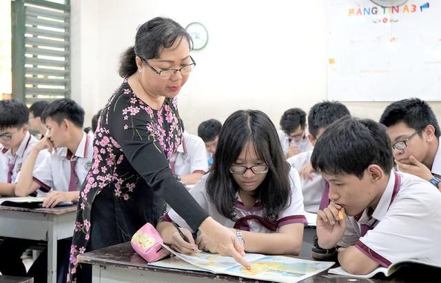 Hà Nội chỉ đạo điều hành giá và các khoản thu trong lĩnh vực giáo dục đào tạo - Ảnh 1.