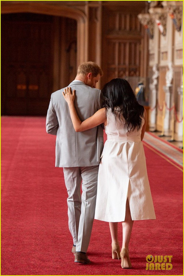 Con trai đầu lòng của Hoàng tử Harry lần đầu lộ diện trước công chúng - Ảnh 11.