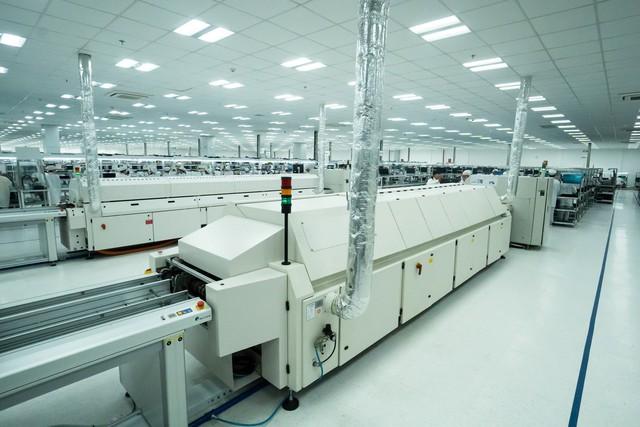 Vingroup động thổ Nhà máy điện thoại thông minh công suất 125 triệu máy/ năm - Ảnh 2.