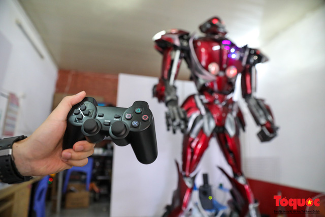 Chiêm ngưỡng Robot Siêu to, khổng lồ được chế tạo từ rác thải nhựa - Ảnh 8.