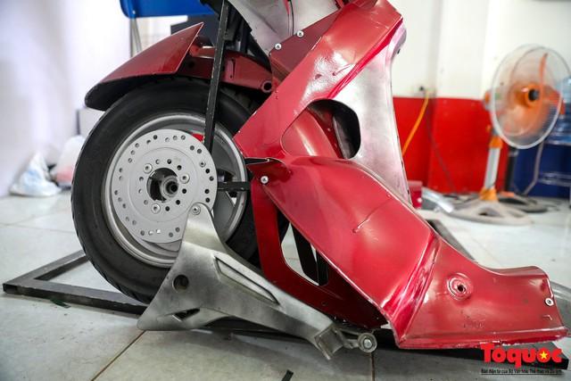 Chiêm ngưỡng Robot Siêu to, khổng lồ được chế tạo từ rác thải nhựa - Ảnh 6.
