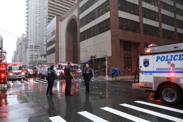 Giải mã bí ẩn vụ tai nạn trực thăng lao vào nhà chọc trời tại New York - Ảnh 1.