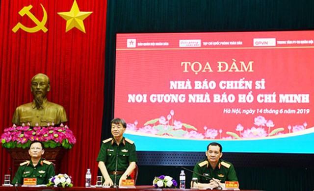 Nhà báo chiến sĩ noi gương nhà báo Hồ Chí Minh - Ảnh 1.