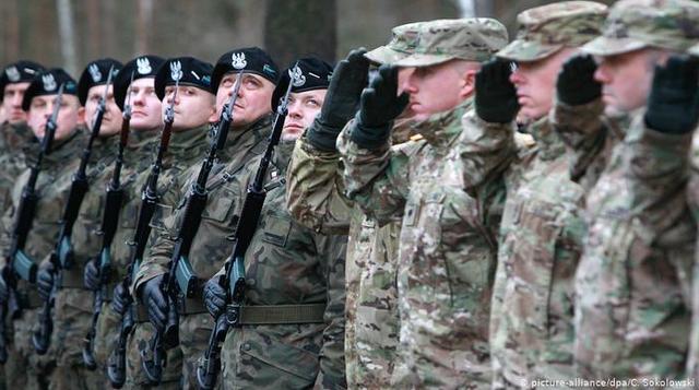 Trái chiều kỳ vọng tương lai Nga-Mỹ từ phản ứng của Moscow trước bắt tay Mỹ, Ba Lan - Ảnh 1.