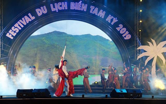 Khai mạc Festival du lịch biển Tam Kỳ 2019 - Ảnh 1.