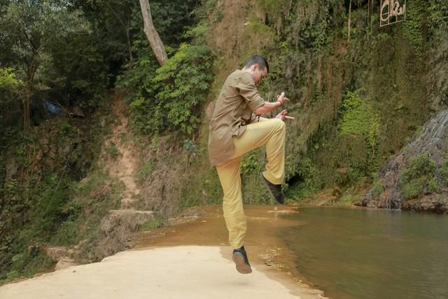 Dương Cầm khuyên ca sĩ Phạm Thuỳ Dung cần mạo hiểm trong âm nhạc - Ảnh 2.