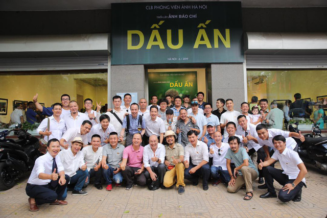 Triển lãm ảnh Dấu ấn 2: Trưng bày 100 bức ảnh báo chí ấn tượng kỷ niệm ngày Báo chí Việt Nam 21/6 - Ảnh 7.