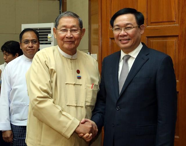 Phó Thủ tướng Vương Đình Huệ tiếp Bộ trưởng Kế hoạch và Tài chính Myanmar - Ảnh 1.