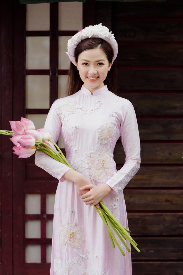 Bạn gái trong phim - ngoài đời của diễn viên Bình An bỗng nhiên chạm mặt, đọ sắc - Ảnh 1.