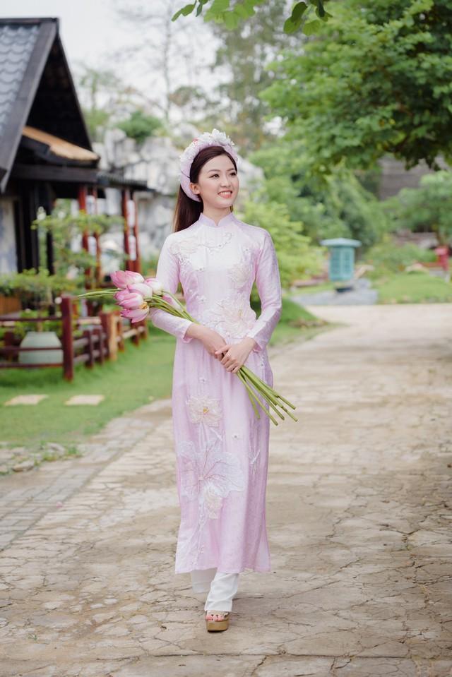 Bạn gái trong phim - ngoài đời của diễn viên Bình An bỗng nhiên chạm mặt, đọ sắc - Ảnh 2.