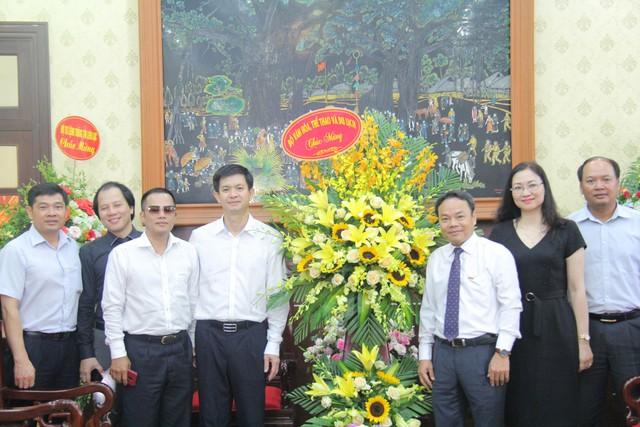 Thứ trưởng Lê Quang Tùng thăm và chúc mừng các cơ quan báo chí nhân Ngày Báo chí cách mạng Việt Nam - Ảnh 1.