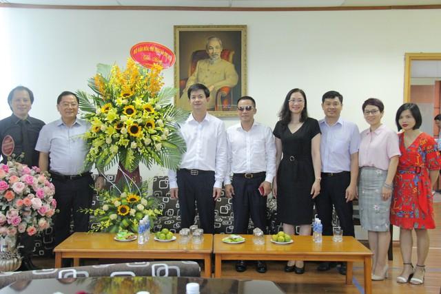 Thứ trưởng Lê Quang Tùng thăm và chúc mừng các cơ quan báo chí nhân Ngày Báo chí cách mạng Việt Nam - Ảnh 2.