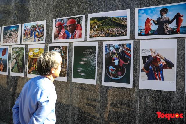 Khai mạc triển lãm chuyên đề về Lý Sơn - Tinh hoa di sản lễ hội, địa chất - Ảnh 3.