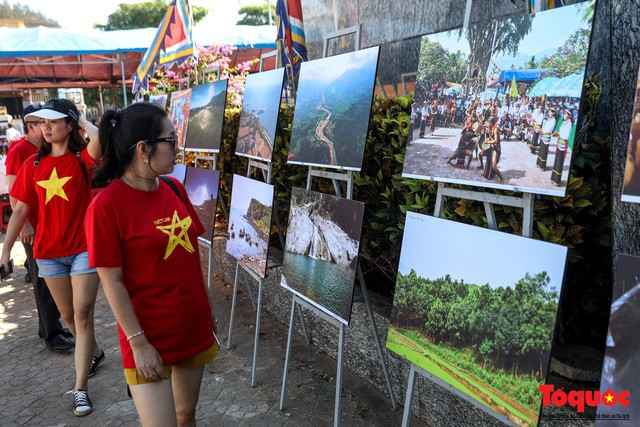 Khai mạc triển lãm chuyên đề về Lý Sơn - Tinh hoa di sản lễ hội, địa chất - Ảnh 7.