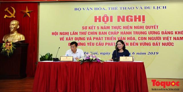 Nhìn lại 5 năm thực hiện Nghị quyết số 33 về xây dựng và phát triển văn hoá, con người Việt Nam - Ảnh 2.