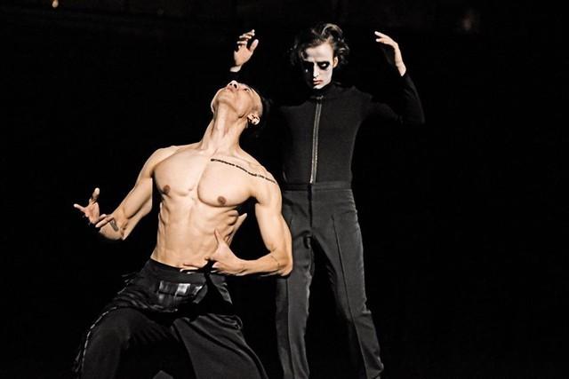 Biên đạo múa Trần Tiến Huy- người Việt làm giám đốc nghệ thuật ở nhà hát châu Âu: Nghệ thuật có thể nhìn Đa chiều - Ảnh 2.