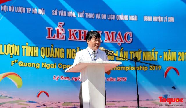 Khai mạc giải dù lượn Việt Nam mở rộng 2019: Phi công quốc tế phô diễn kỹ thuật trên bầu trời Lý Sơn - Ảnh 4.