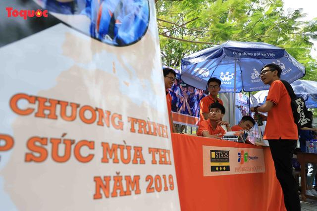 Đà Nẵng có 31 thí sinh vắng thi môn Ngữ văn - Ảnh 3.