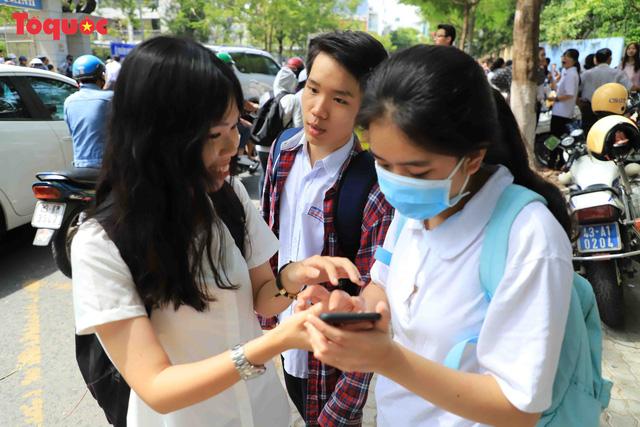 Đà Nẵng có 31 thí sinh vắng thi môn Ngữ văn - Ảnh 7.