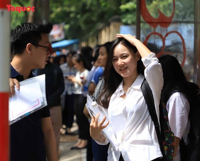 Đà Nẵng có 31 thí sinh vắng thi môn Ngữ văn - Ảnh 8.