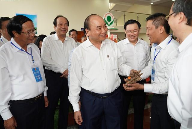Thủ tướng chủ trì hội nghị Phát triển vùng kinh tế trọng điểm Bắc Bộ - Ảnh 2.