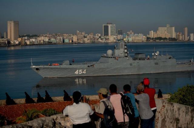 Ẩn tình tàu chiến tối tân Nga đổ bộ Cuba? - Ảnh 1.