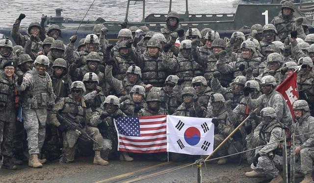 Nguy cơ khủng hoảng tình báo Triều Tiên, Hàn Quốc bế tắc trước sức ép Mỹ - Ảnh 1.