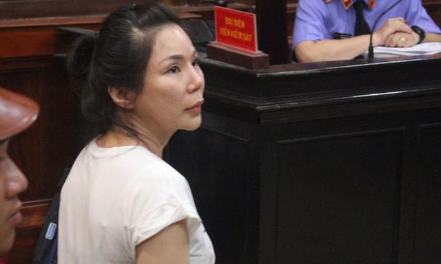 Vợ bác sĩ Chiêm Quốc Thái lĩnh án 1 năm 6 tháng tù  - Ảnh 1.